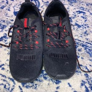 Puma hybrid running shoes